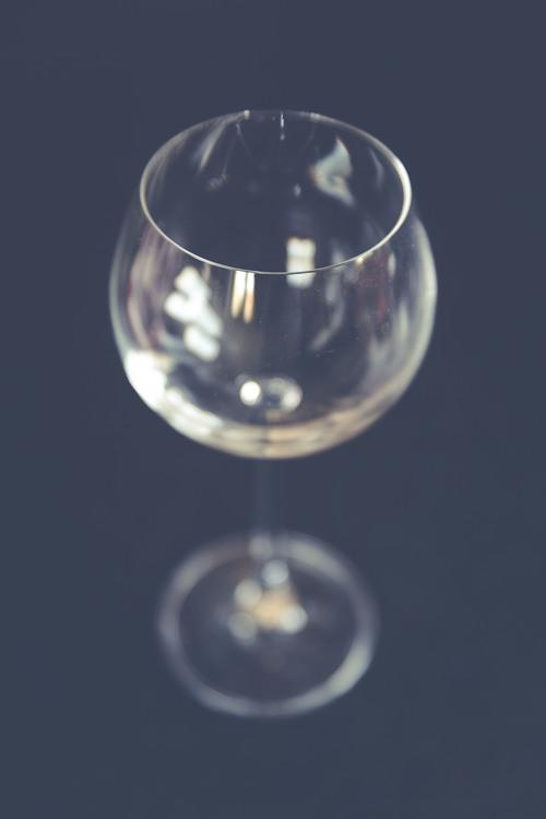 Champagne Stemware,Liquid,Sphere