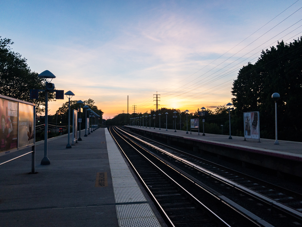 Atmosphere,Rail Transport,Metropolitan Area