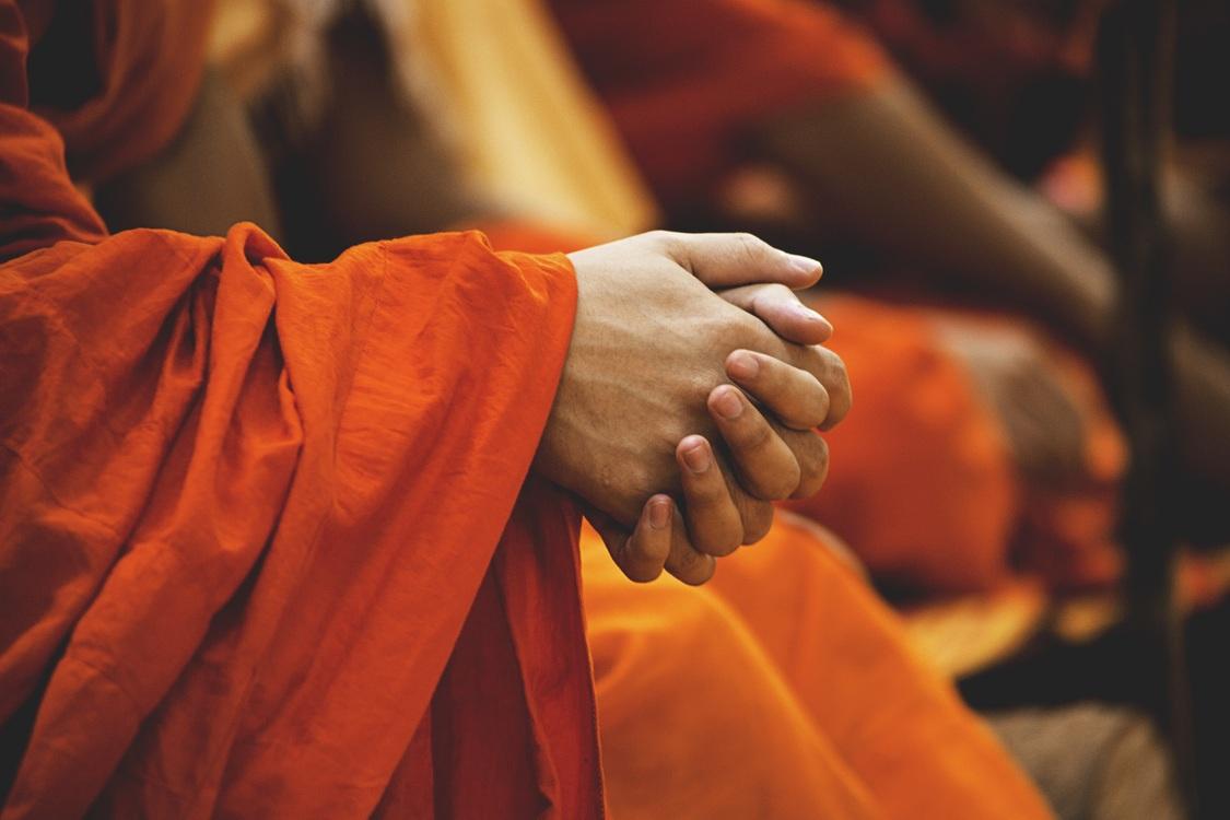 Monk,Temple,Finger