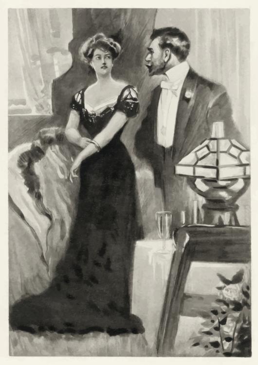 Standing,Gown,Wedding Dress