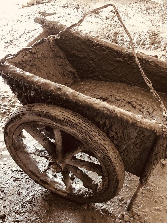Wheel,Tire,Soil