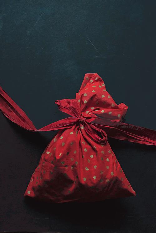 Red,Ribbon,Present